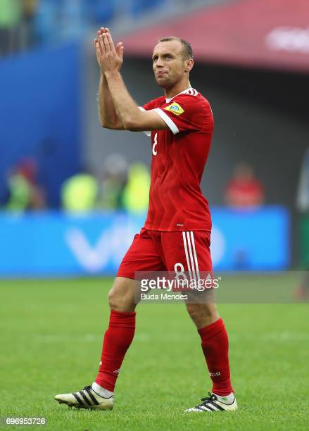 Dennis Glushakov of Russia shows appreciation to the fans after the FIFA Confederations Cup Russia 2017 Group A match between Russia and New Zealand...