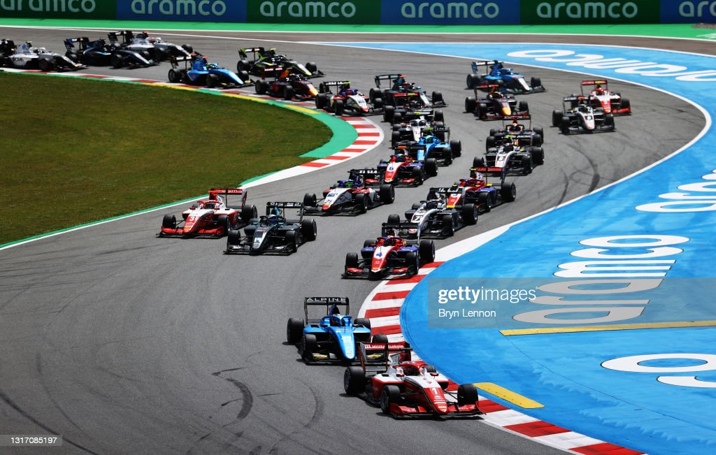Formula 3 Championship - Round 1:Barcelona - Race 3 : News Photo
