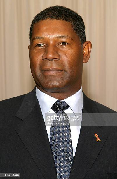 Dennis Haysbert during Voices for Justice 2004 Human Rights Watch Annual Dinner at Beverly Hilton Hotel in Beverly Hills California United States