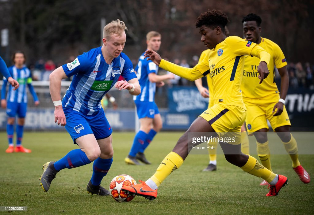 DEU: Hertha BSC U19 v Paris St Germain U19 - UEFA Youth League