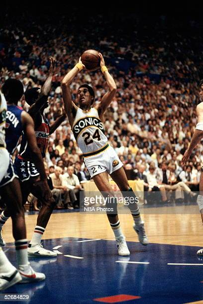 Dennis Johnson of the Seattle Sonics drives to the basket against the Washington Bullets during Game 4 of the1978 NBA Finals at the Seattle Center...