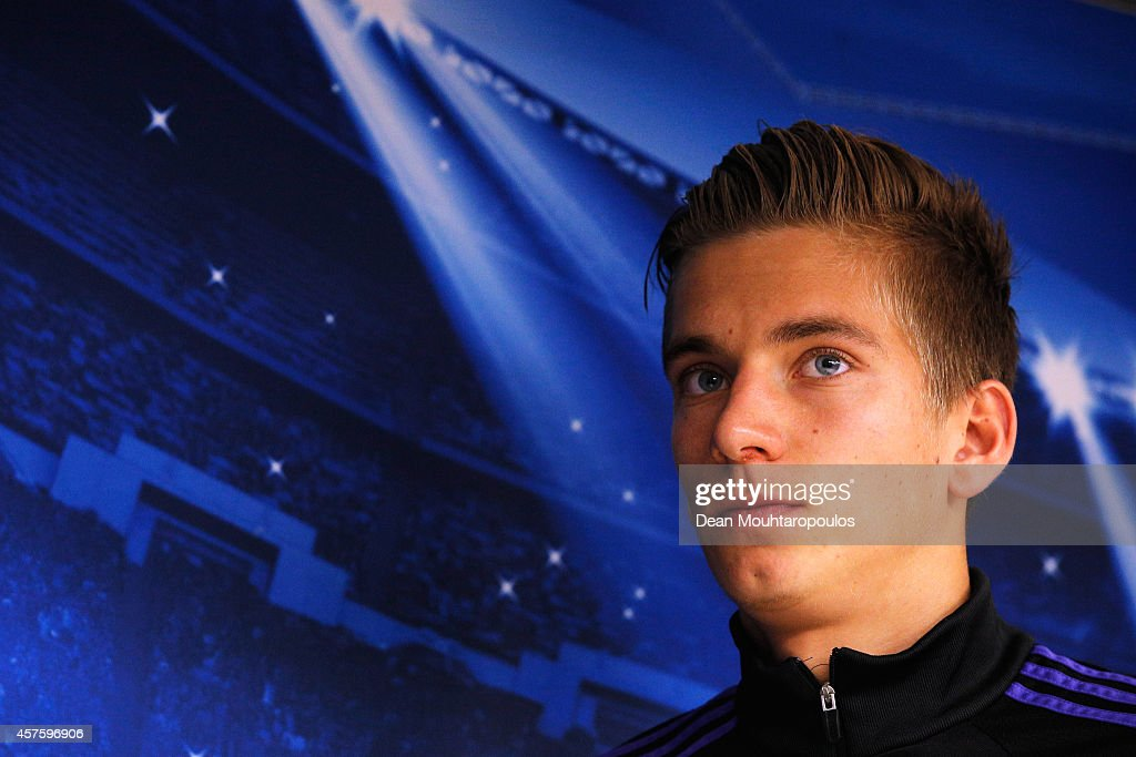 RSC Anderlecht Press Conference and Training Session : News Photo