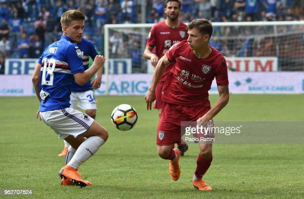 Dennis Praet of Sampdoria and Nicolo Barella of Cagliari during the serie A match between UC Sampdoria and Cagliari Calcio at Stadio Luigi Ferraris...