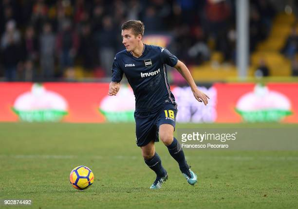 Dennis Praet of UC Sampdoria in action during the serie A match between Benevento Calcio and UC Sampdoria at Stadio Ciro Vigorito on January 6 2018...