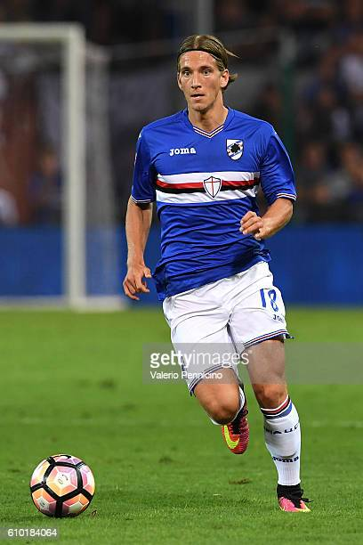 Dennis Praet of UC Sampdoria in action during the Serie A match between UC Sampdoria and AC Milan at Stadio Luigi Ferraris on September 16 2016 in...