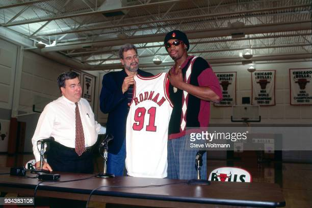 Dennis Rodman poses for a photo during a press conference to announce he signed with the Chicago Bulls on October 5 1995 at the Berto Center in...