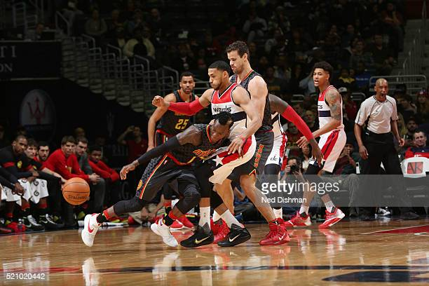 Dennis Schroder of the Atlanta Hawks moves the ball against the Washington Wizards during the game on April 13 2016 at Verizon Center in Washington...