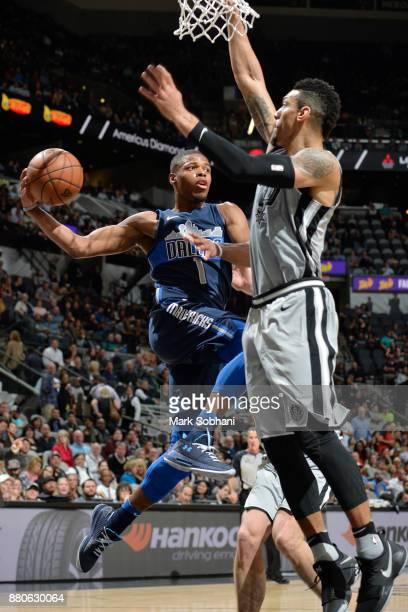 Dennis Smith Jr #1 of the Dallas Mavericks drives to the basket against the San Antonio Spurs on November 27 2017 at the ATT Center in San Antonio...