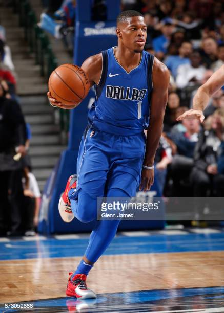 Dennis Smith Jr #1 of the Dallas Mavericks handles the ball against the Cleveland Cavaliers on November 11 2017 at the American Airlines Center in...