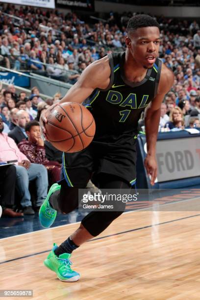 Dennis Smith Jr #1 of the Dallas Mavericks handles the ball during the game against the Oklahoma City Thunder on February 28 2018 at the American...
