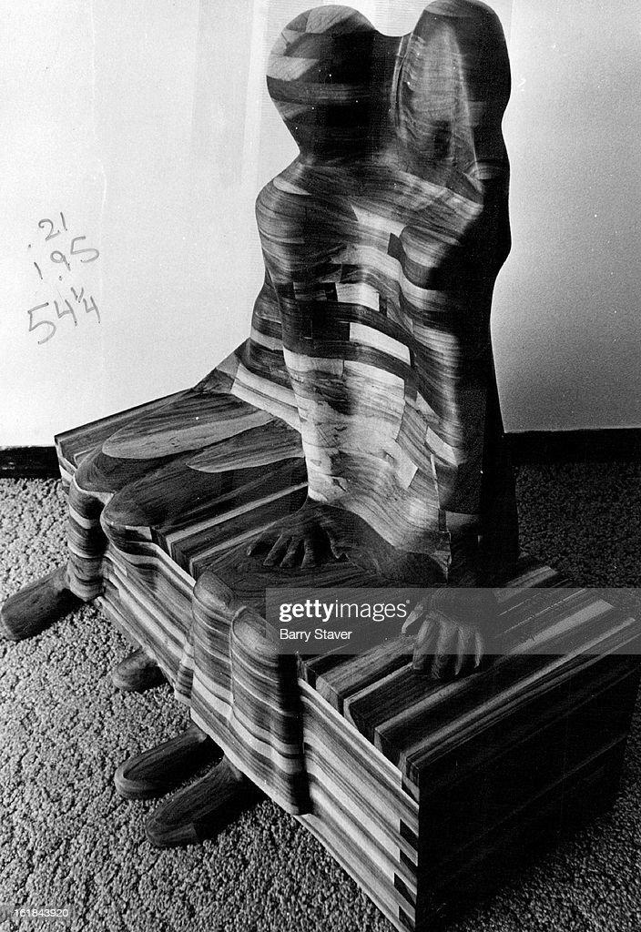 "MAR 12 1974, MAR 14 1974, MAR 17 1974; Dennis Stroh's wood sculpture, entitled ""Love Seat,"" is part of the diversified show now at The Pinakotheka.; : Foto jornalística"