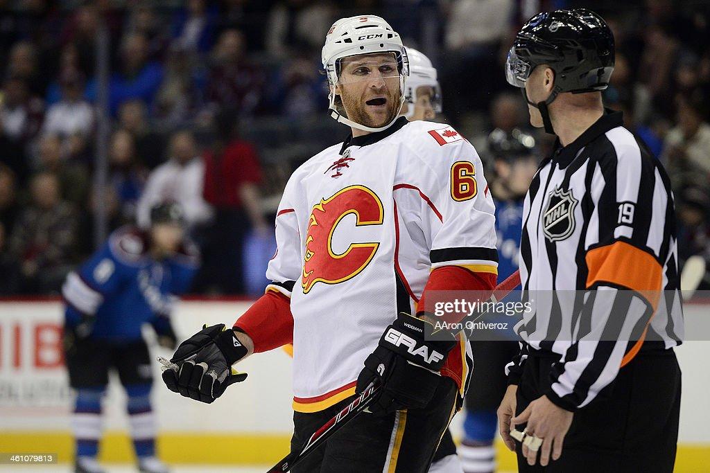 Calgary Flames vs. Colorado Avalanche, NHL : News Photo