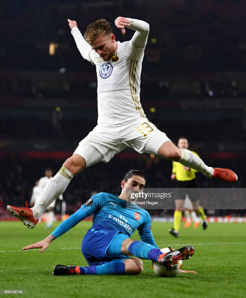 Dennis Widgren of Ostersunds FK evades Hector Bellerin of Arsenal during UEFA Europa League Round of 32 match between Arsenal and Ostersunds FK at the Emirates Stadium on February 22, 2018 in London, United Kingdom.