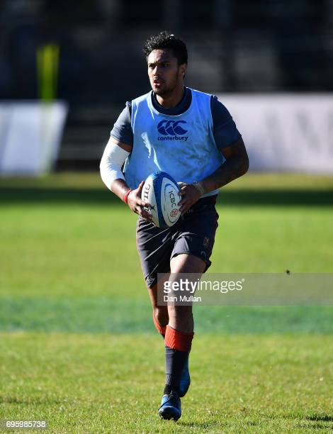 Denny Solomona of England looks for space during a training session at San Isidro Club on June 14 2017 in Buenos Aires Distrito Federal