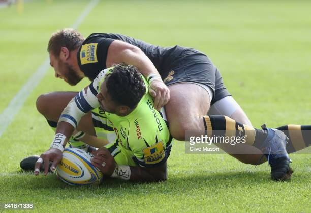 Denny Solomona of Sale Sharks scores a try during the Aviva Premiership match between Wasps and Sale Sharks at The Ricoh Arena on September 2 2017 in...