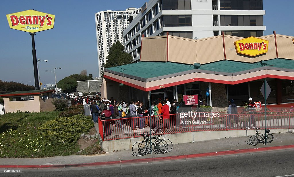Denny's Offers Free Breakfast In Effort To Aggressively Promote Sales : News Photo