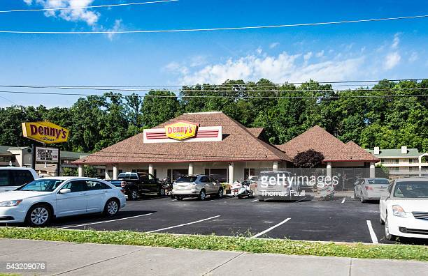 denny's in pigeon forge - pigeon forge stock pictures, royalty-free photos & images