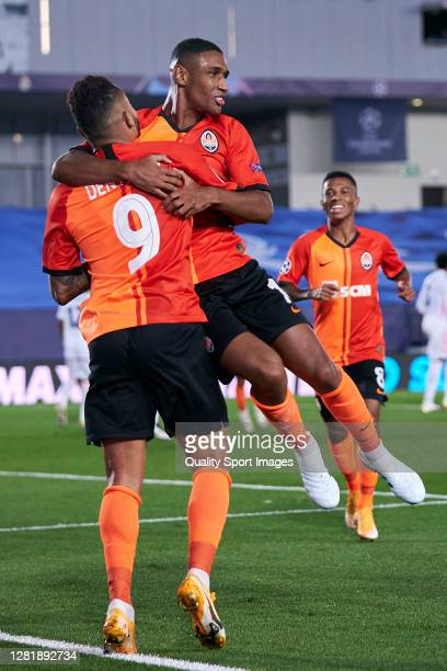 Dentinho of Shakhtar Donetsk celebrates after scoring his team's second goal during the UEFA Champions League Group B stage match between Real Madrid...