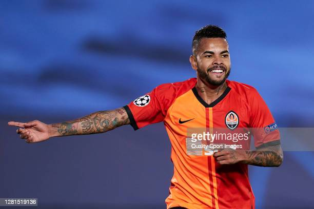 Dentinho of Shakhtar Donetsk celebrates after scoring his team's third goal during the UEFA Champions League Group B stage match between Real Madrid...