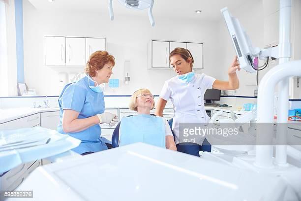 Dentist explains x-ray