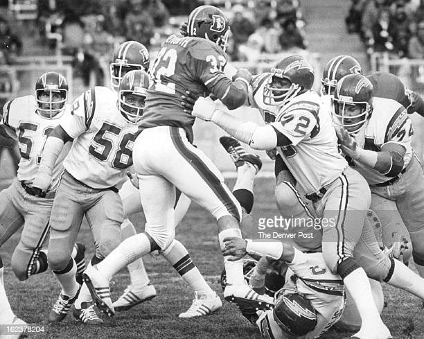DEC 5 1975 AUG 16 1976 AUG 18 1976 Denver Broncos Jon Keyworth makes a run for it See him in person Friday evening