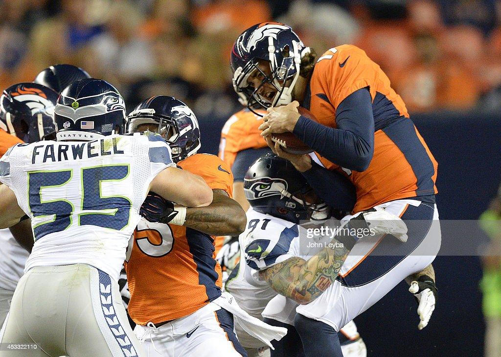 Denver Broncos versus the Seattle Seahawks : News Photo
