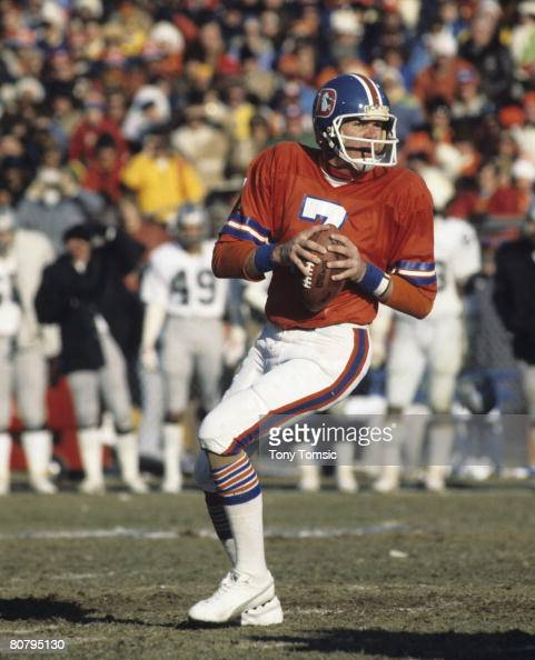 Denver Broncos Quarterback Craig Morton Scans The Field