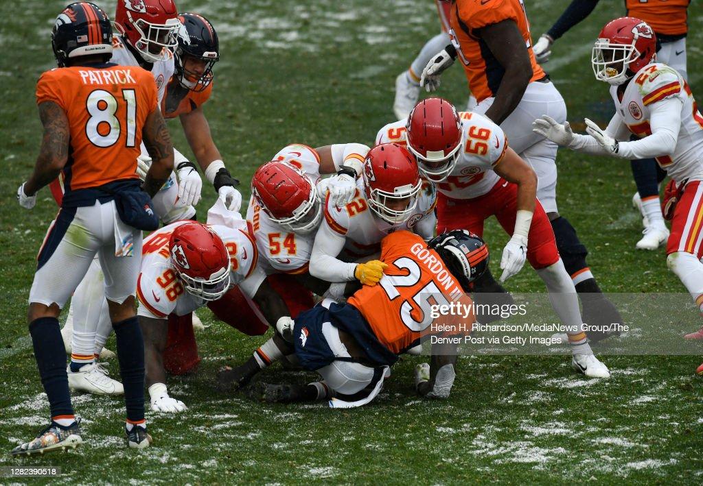 Denver Broncos vs Kansas City Chiefs : News Photo
