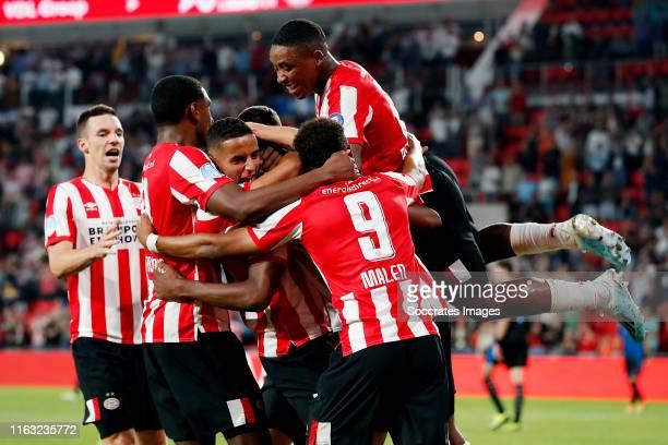 Denzel Dumfries of PSV celebrates 30 with Mohammed Ihattaren of PSV Donyell Malen of PSV Pablo Rosario of PSV Steven Bergwijn of PSV during the UEFA...