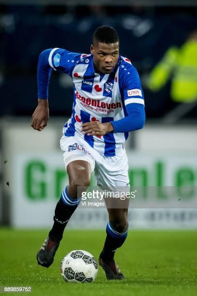 Denzel Dumfries of sc Heerenveen during the Dutch Eredivisie match between sc Heerenveen and VVV Venlo at Abe Lenstra Stadium on December 09 2017 in...