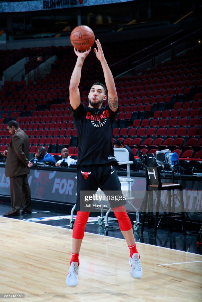 Denzel Valentine Of The Chicago Bulls Warms Up Before The Game Against The  Cleveland Cavaliers On