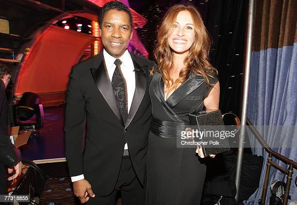 Denzel Washington and Julia Roberts at The 22nd Annual American Cinematheque Award at the Beverly Hilton Hotel on October 12, 2007 in Beverly Hills,...