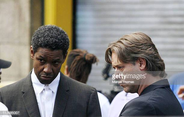 Denzel Washington and Russell Crowe during Denzel Washington and Russell Crowe on the set American Gangster September 16 2006 at Lower Manhattan in...