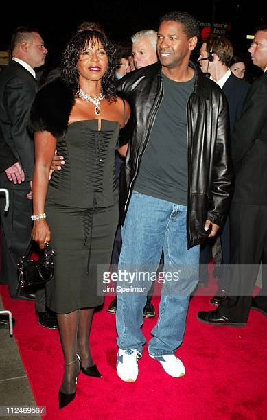 """Denzel Washington and wife Pauletta Washington during """"Out of Time"""" - New York Premiere - Outside Arrivals at Loews Cineplex Lincoln Square in New..."""