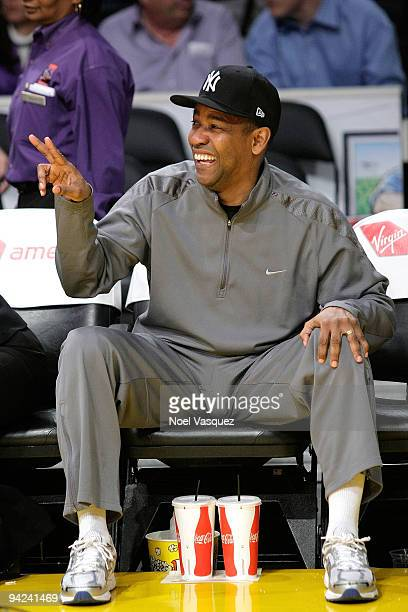 Denzel Washington attends a game between the Utah Jazz and the Los Angeles Lakers at Staples Center on December 9 2009 in Los Angeles California