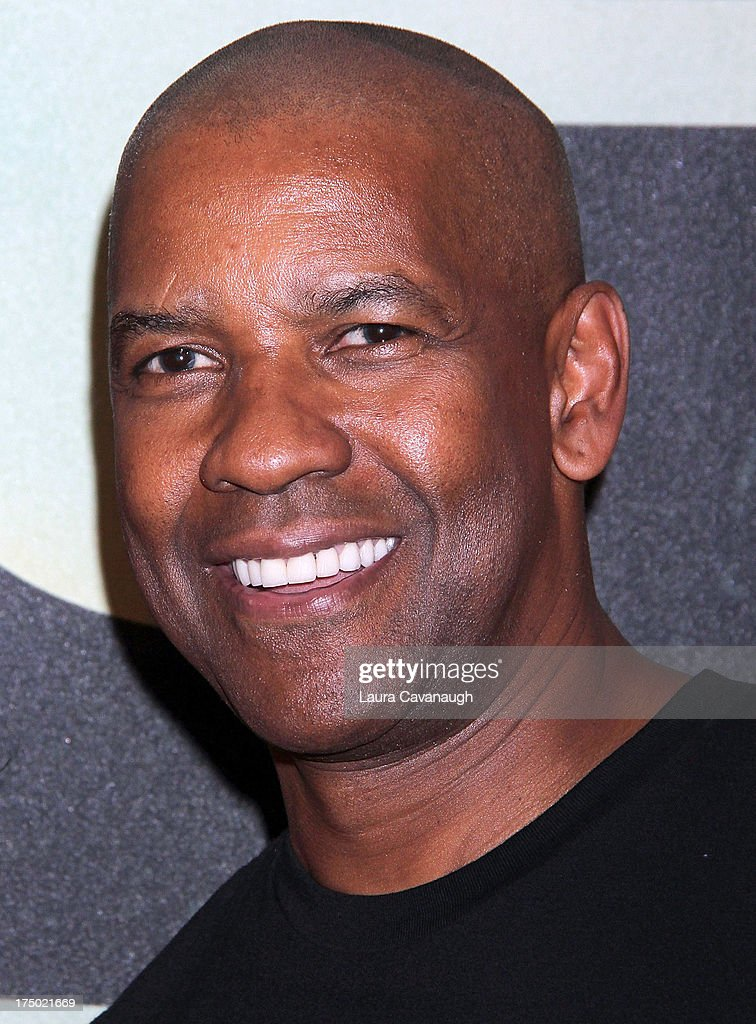 Denzel Washington attends the '2 Guns' premiere at SVA Theater on July 29, 2013 in New York City.