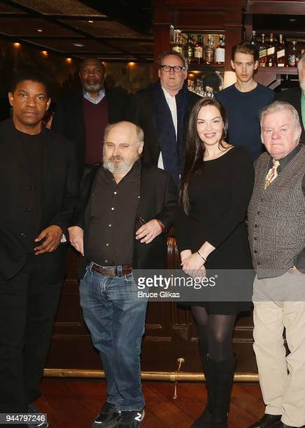 Denzel Washington Michael Potts Clark Middleton Colm Meaney Tammy Blanchard Austin Butler and Jack McGee pose at The Iceman Cometh on Broadway cast...