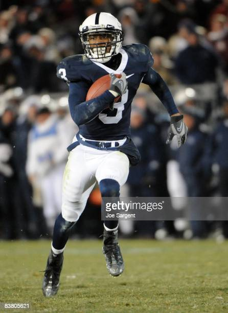 Deon Butler of the Penn State Nittany Lions runs the ball against the Michigan State Spartans on November 22 2008 at Beaver Stadium in State College...