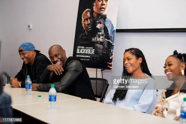 Deon Taylor Tyrese Gibson Naomie Harris and Nafessa Williams are seen during the Black Blue cast members' visit to Morehouse College on October 24...