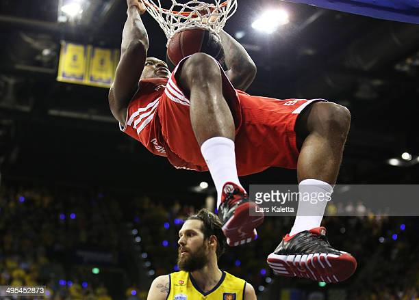 Deon Thompson of Munich dunks during game four of the 2014 Beko BBL Playoffs SemiFinal between EWE Baskets Oldenburg and FC Bayern Muenchen on June 3...
