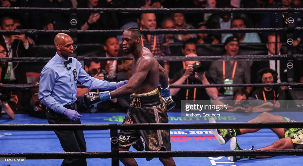 Deontay Wilder v Dominic Breazeale : News Photo