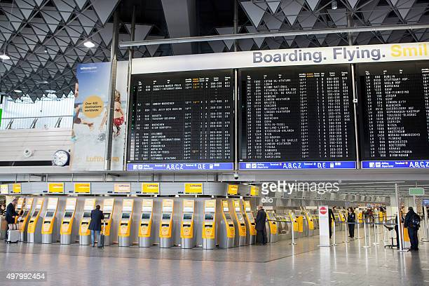 departure terminal 1 airport frankfurt - frankfurt international airport stock pictures, royalty-free photos & images