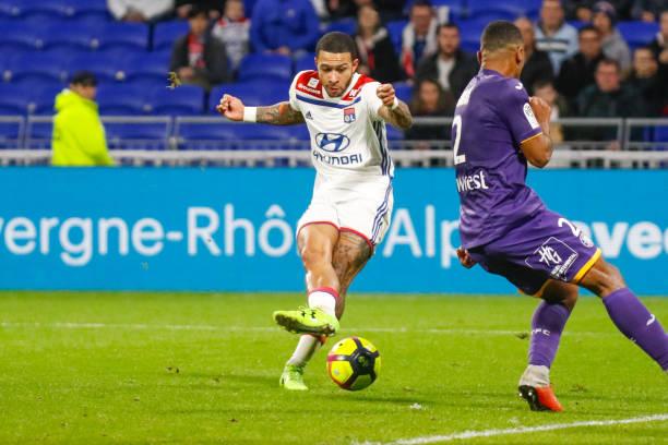Championnat de France de football LIGUE 1 2018-2019-2020 - Page 31 Depay-memphis-of-lyon-during-the-ligue-1-match-between-olympique-and-picture-id1128530894?k=6&m=1128530894&s=612x612&w=0&h=S9y1c4k04zIa73czW1AAMLngnvVrIdT02B-rC-_cEYM=