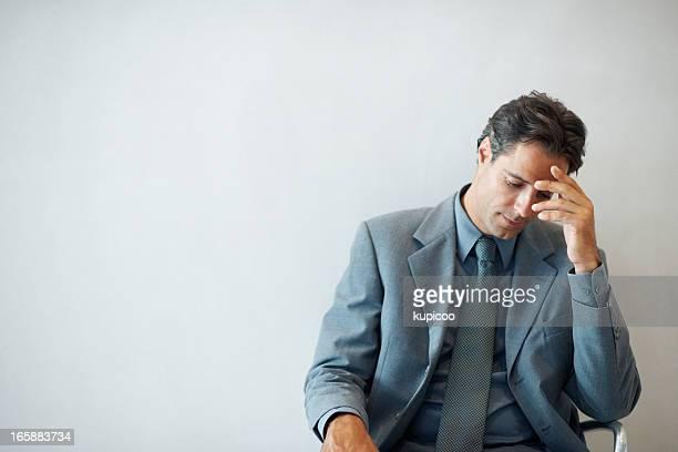 Vieillard déprimé Homme d'affaires