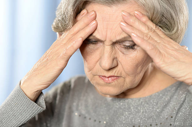 the symptoms associated with elderly depression