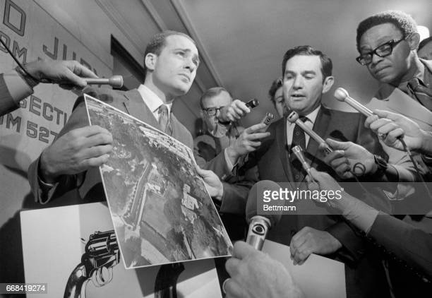 Deputy District Attorneys Aaron Stovitz and Vince Bugliosi display an aerial photograph of the home of Leno and Rosemary LaBianca victims of a murder...