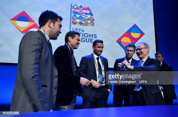 Deputy General Secretary Giorgio Marchetti instructs the representatives who will be drawing the names from the pots Deco Vladimir Smicer Jari...