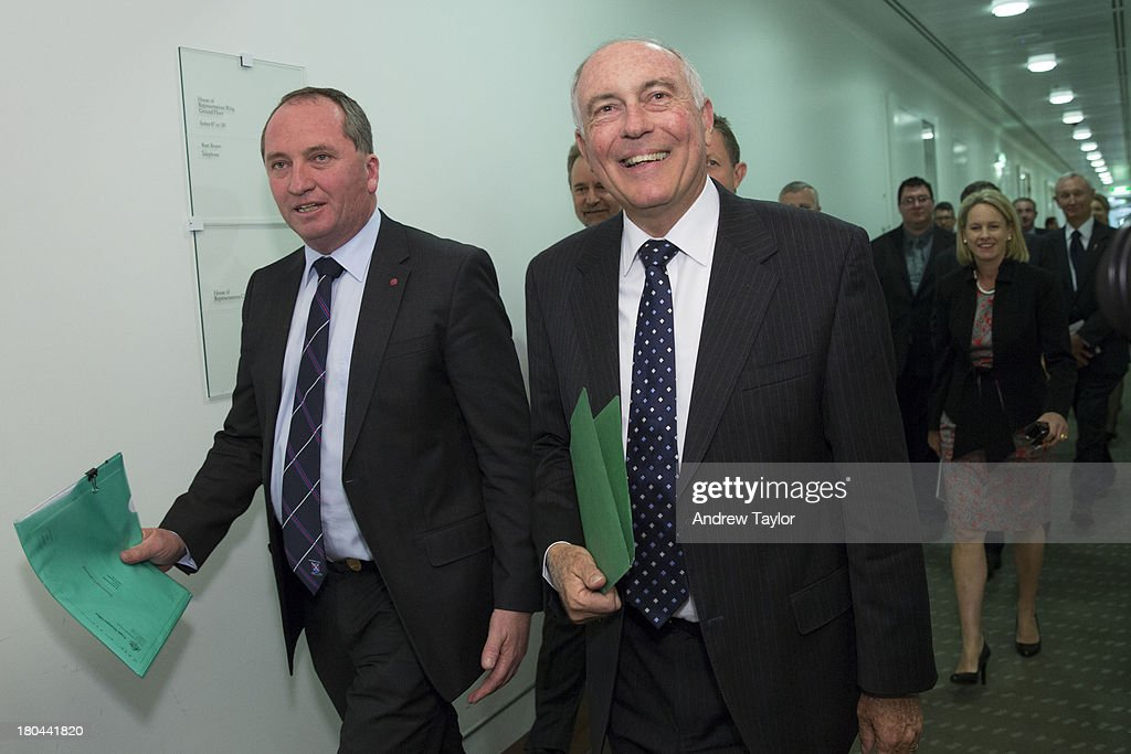 National Party Re-Elects Warren Truss As Leader