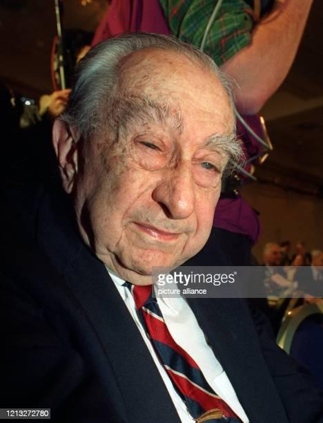 Der amerikanische Physiker Edward Teller am 5 Februar 1994 in München Teller der am 15 Januar 1908 in Budapest geboren wurde in Deutschland 1930...