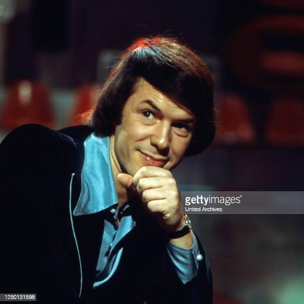 Der belgische Liedermacher, Schlager- und Chansonsänger Salvatore Adamo, Deutschland 1970er Jahre.